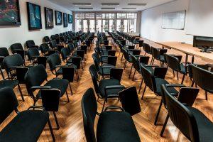 Vpisna mesta za vzporedni študij in študij diplomantov